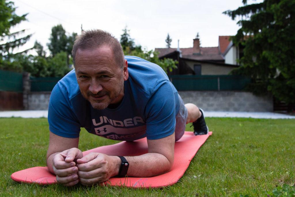 Planks sind für Stabi-Trainings hervorragend geeignet